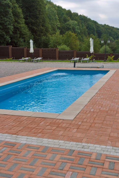 What Kind of Pool Coping Material Should I Use?